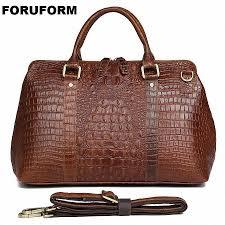 2018 new men s crocodile genuine leather travel bag real leather travel duffel women s large shoulder weekend bag li 2341