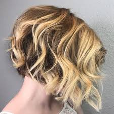short haircuts for square faces and