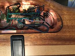 need help carvin lb wiring com hi everyone i bought this bass as a project th title is wrong it s a lb70 don t know how to change that it s a little road worn and the electronics