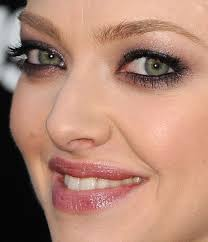 amanda has the most amazing wide set eyes so i m glad they decided to play them up with black liner all the way around in the waterlines black maa and