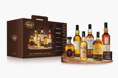 Classic Malts Display Stand Reclaimed Oak Whisky Glass and Bottle Display Stand Perfect for 27