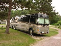 to our beautiful setting and clean and quiet facilities you ll enjoy a relaxing vacation or weekend getaway at the country roads motorhome rv park