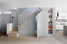 Transitional Staircase by De Rosee Sa