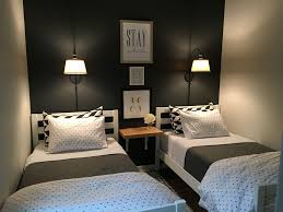 Small guest room with two twin beds.