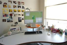 how to decorate office table. How To Decorate Office Table Remarkable For Decorating Home Ideas With