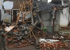 Dalam kurun waktu kurang dari 2 menit terjadi 2 gempa yang mengguncang wilayah banten. Berita Gempa Malang Hari Ini Limapagi