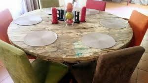 repurposed palet round dining table