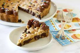 chocolate chip cookie cake h2 5b48cdb046e0fb0037d0dfbc jpg