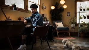 Bestselling author Ocean Vuong reflects on year of intense highs and lows -  Los Angeles Times