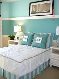 Small Picture beach themed bedrooms One color and a few accessories can