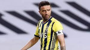 Gökhan Gönül, İstanbul'da kalıyor! Fatih Karagümrük'e imza atması an  meselesi - Haberler Spor