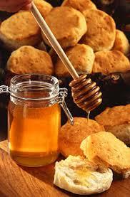 Resultat d'imatges de 3. Miel o fruta para azúcar blanco.
