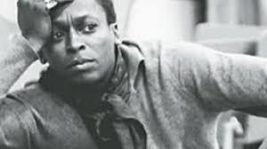 Miles Davis: Style Icon - 41_style-icon-miles-davis_flash