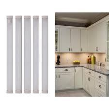 2700k Under Cabinet Lighting Black Decker 9 In Led Warm White 2700k Dimmable 5 Bar