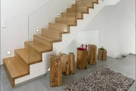 Sie ist einfach in der montage und bietet eine vielzahl an einsatzmöglichkeiten, im privaten wie auch im gewerblichen bereich. Treppen Den Holzspiecht Luxemburg
