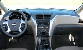 Car Picker - chevrolet Traverse interior images