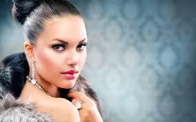 makeup beauty brunette woman fashion