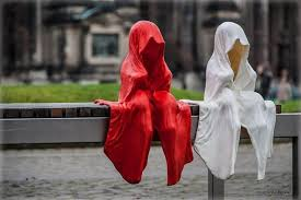 Phantom children Halloween ghost decorations ideas