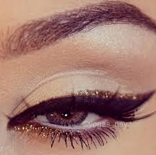 gorgeous black and gold eyeliner