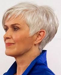 Coupes De Cheveux Pour Les Femmes De Plus De 60 Ans Cheveux