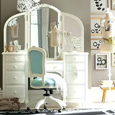 Bedroom Makeup Vanity With Lights Vanity Tables With Lighted Mirror ...