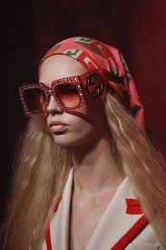 gucci 2017 sunglasses. gucci spring 2017 ready-to-wear accessories photos - vogue sunglasses b