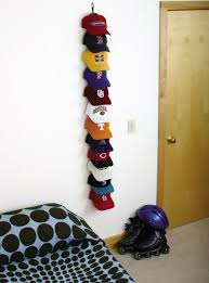 Hat storage - I desperately need this for all of Ryans hats!