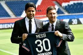 ميسي يخوض أولى مبارياته مع فريقه الجديد باريس سان جرمان