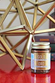 best spray paint for wood furnitureBest 25 Gold painted furniture ideas on Pinterest  Gold