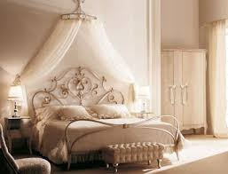 Eotic Canopy Bed Frame For Feminine Look In Woman Bedroom