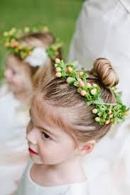 Coiffure Petite Fille Pour Mariage 30 Filles D Honneur Superbes