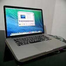 macbook pro 15 inch media