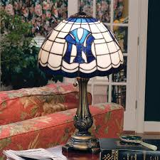 licensed tiffany style table lamp new york yankees