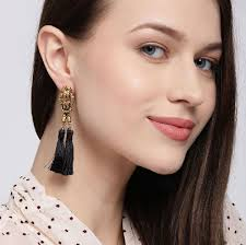Bellofox Audrey Black Earrings: Buy Bellofox Audrey Black Earrings Online  at Best Price in India | Nykaa