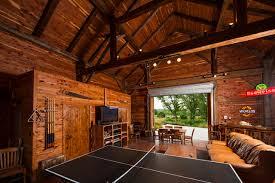 Fultonville Barn farmhouse-family-room
