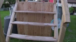 Einen carport selber bauen, auch mit bauplan, bedeutet nicht, dass man alles ganz alleine machen kann. Pooltreppe Selber Bauen Pooltreppe Aus Holz Youtube