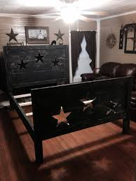 Primitive Bedroom Decor Primitive Star Bedi Could Get Down With This For A Guest Room