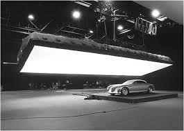 in bruce logan ascs latest blog post he explains how to light a car his tips include the differences between indoor and outdoor shooting what color car bruce paul passion lighting
