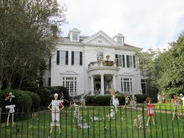 Small Picture 9 12 Remarkable Halloween Decor Ideas for Your First Home