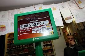 Lotto SuperEnalotto Simbolotto 10eLotto: estrazioni di oggi