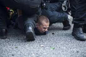 Картинки по запросу избиения демонстрантов в россии