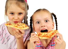 fast food eating child ile ilgili görsel sonucu