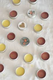 homemade lipbalm for beginners melt and pour so easy from bonnie rush
