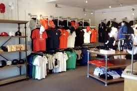 Free Standing Retail Display Units 100 DIY Retail Display Ideas from Clothing Racks to Signage 100