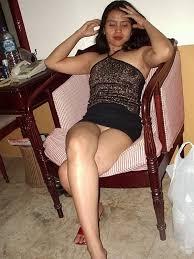 Asian upskirt no pantie
