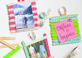 these frames would be such a fun craft to make as a family on a rainy day or even use as a homemade gift for mother s day