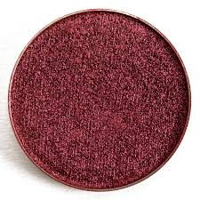 makeup geek foiled eyeshadow is an eyeshadow that retails for 9 99 and contains 0 064 oz there have been 40 shades released which you can select from