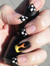 black nail art designs and ideas 36