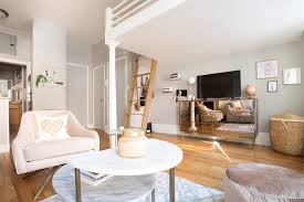 Cute Studio Apartments Interior Design A 325 Square Foot Nyc Studio Is Cute And Sophisticated