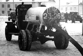 Советская коммунальная техника: автоцистерны для «ночного ...